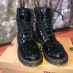 1460 pascal sequences black and sliver Dr Martens